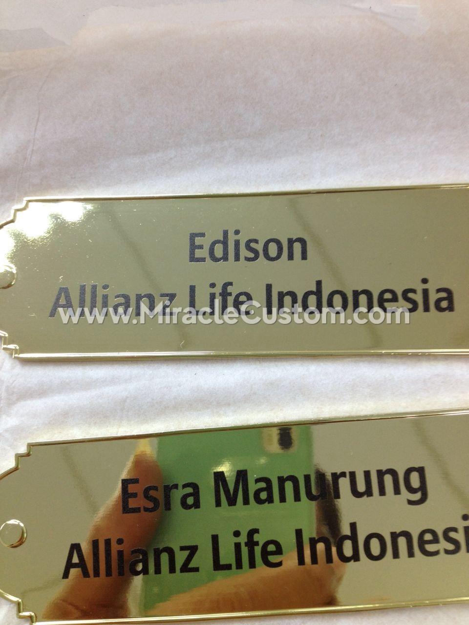 custom plaque maker
