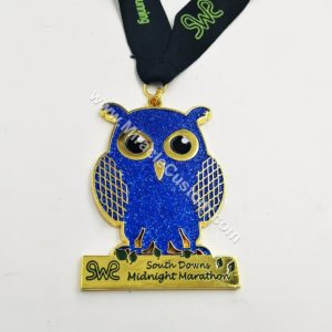 custom midnight marathon running medals