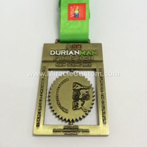 custom spinning race medals