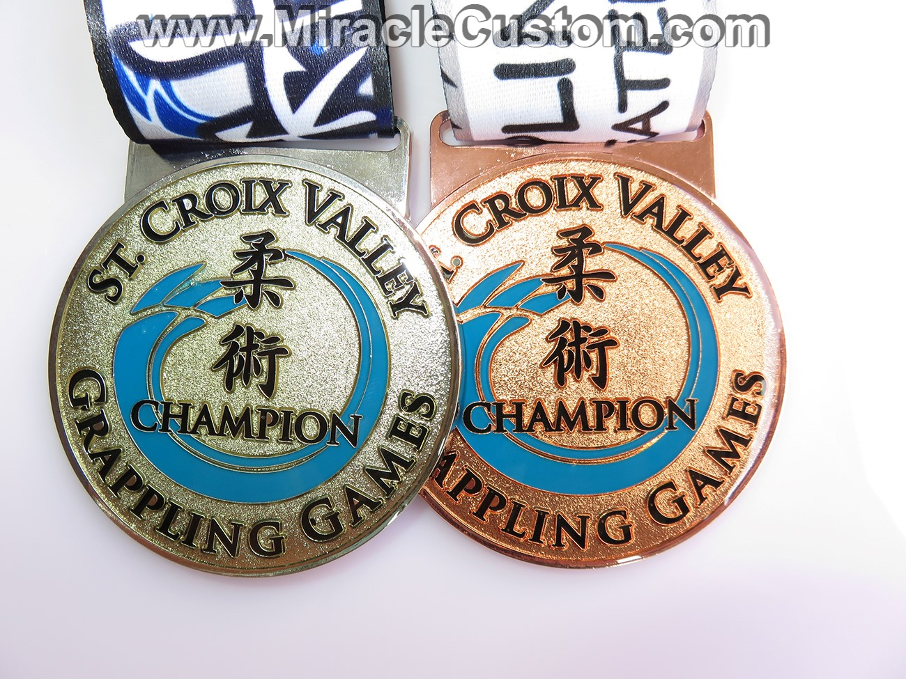 custom grappling medals with epoxy dome printing medals