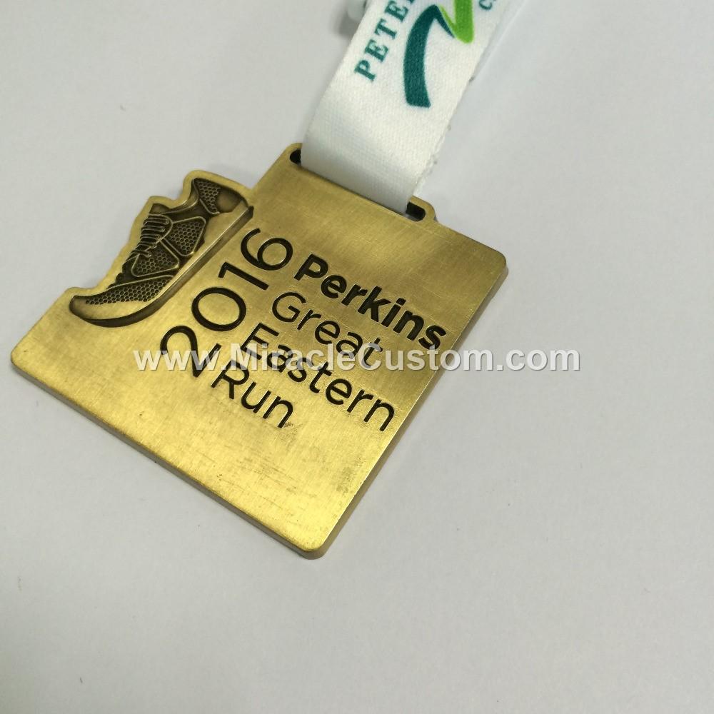 custom medallions no minimum