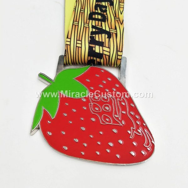 strawberry run medal
