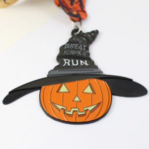 custom pumpkin run medal