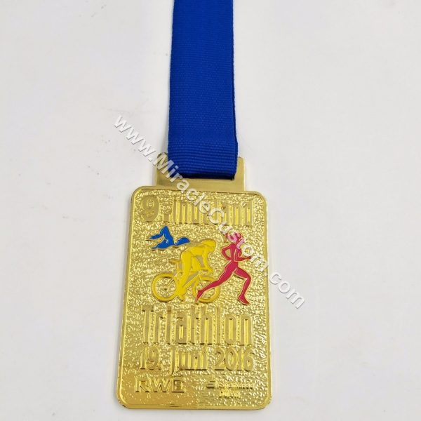 custom triathlon medals