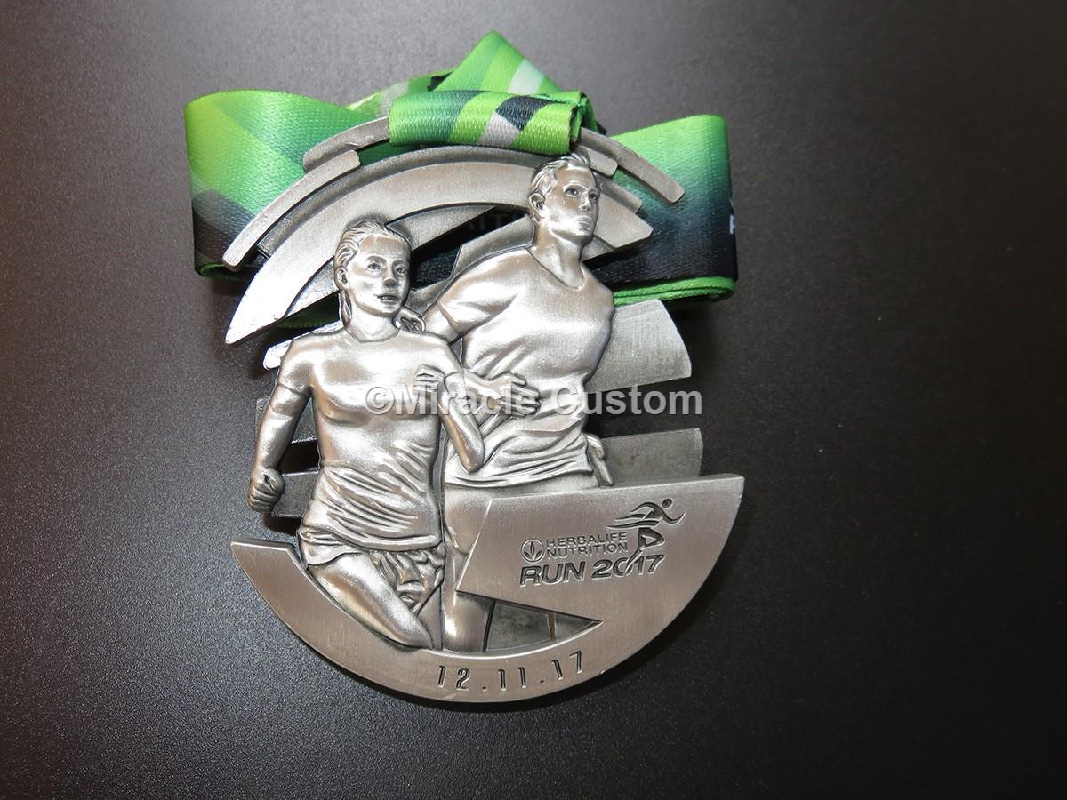 custom run medals for Herbalife Nutrition Running Medals