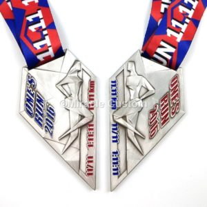 custom couple run medals